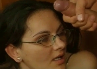 Glasses-wearing mommy gets DP'ed on cam